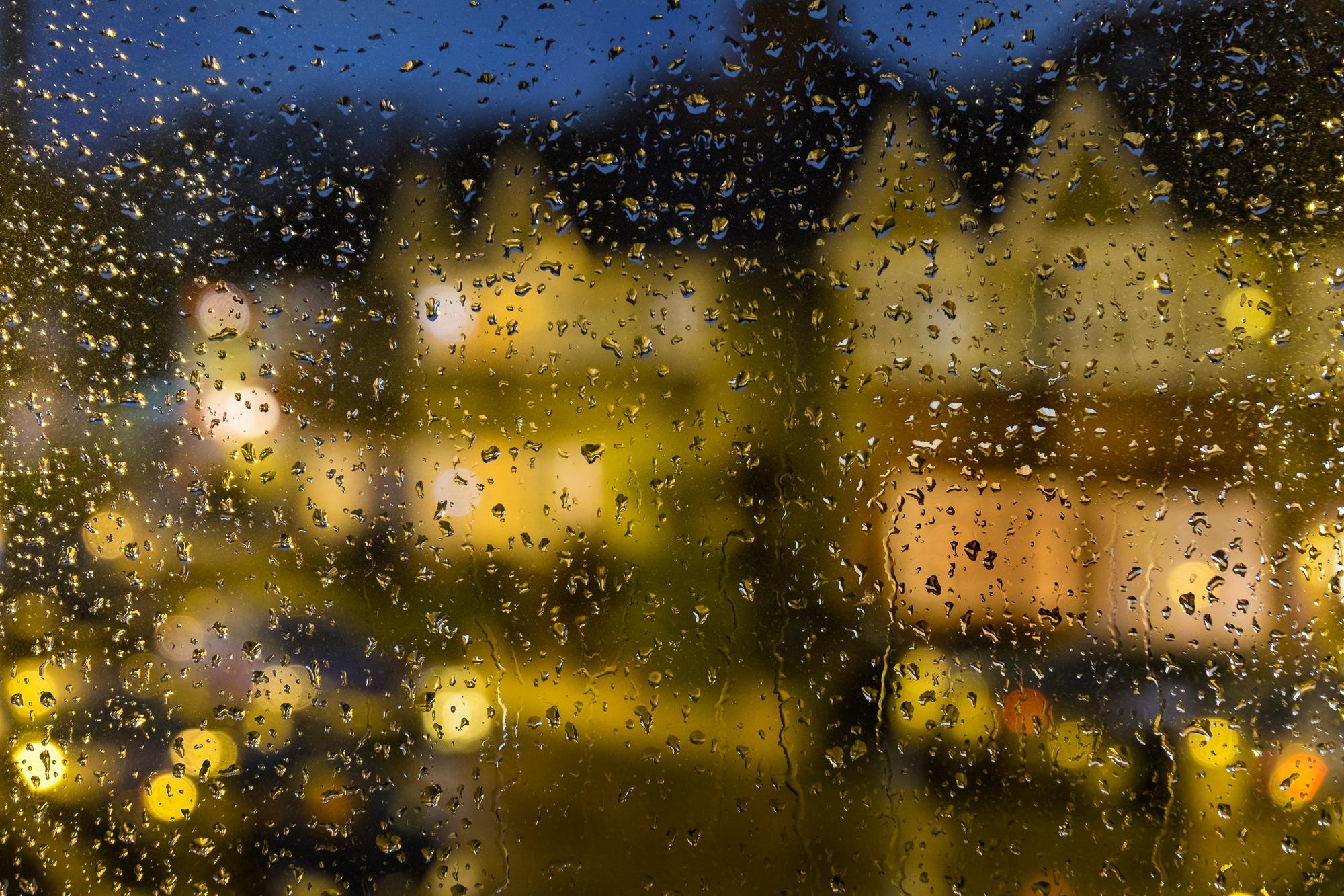 Rainy Night in Whitton