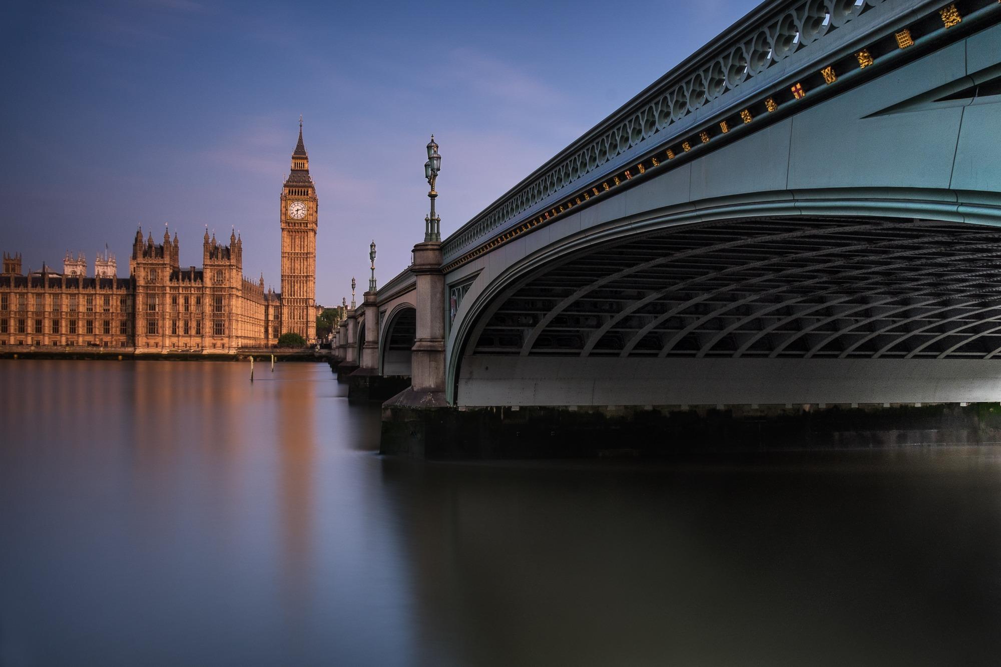 Under Westminster Bridge
